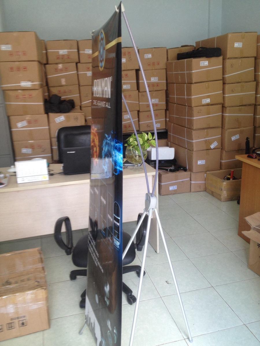 Standee giá chữ x giá rẻ tại HCM- Hà Nội